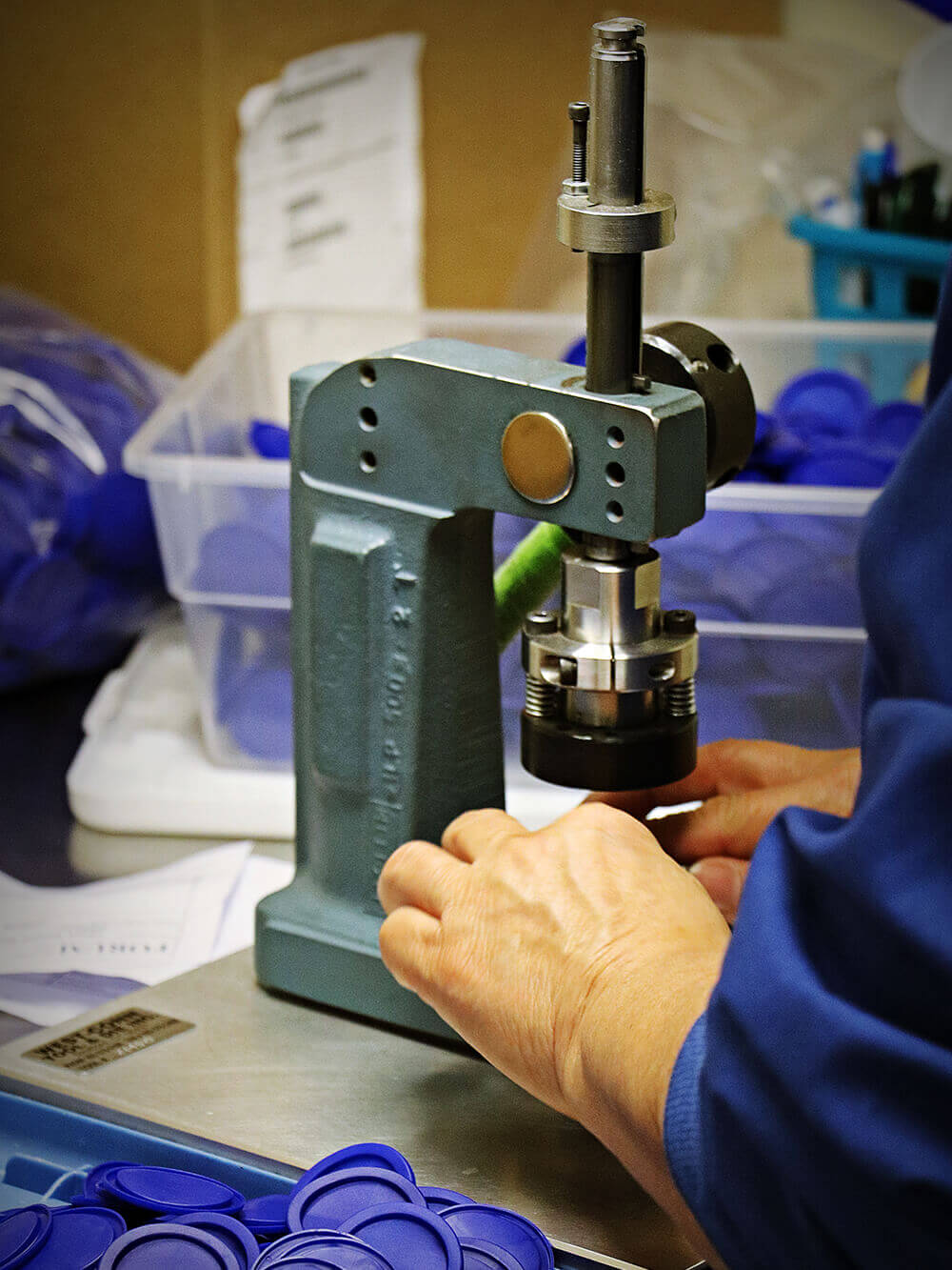 multi-component-assembly-for-molded-products